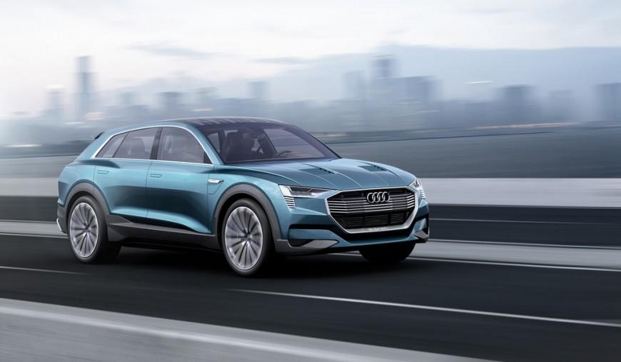 Сошёл с конвейера первый электрический кроссовер Audi