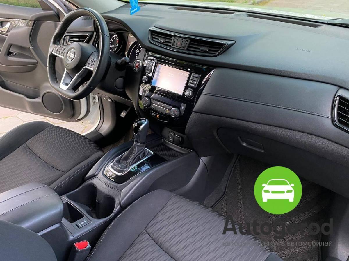 Авто Nissan Rogue                                         2017 года фото 10