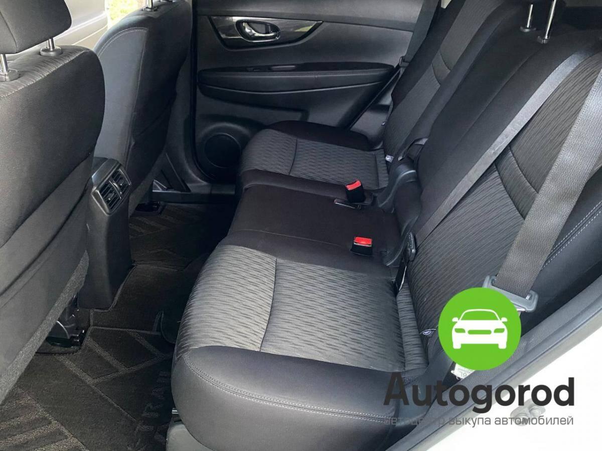 Авто Nissan Rogue                                         2017 года фото 11