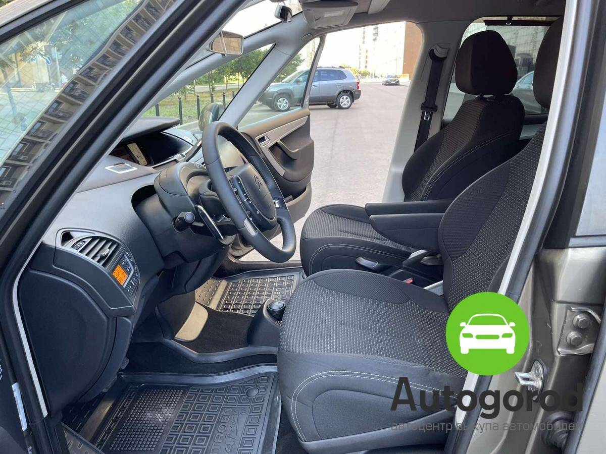 Авто Citroen C4                                         2011 года фото 8