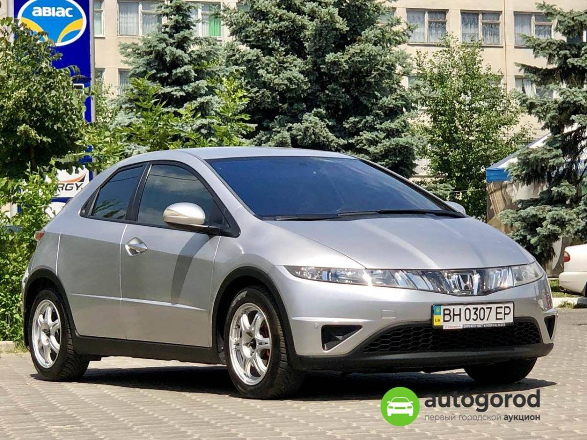 Авто Honda Civic 2008 года фото 12