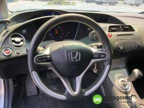 Авто Honda Civic 2008 года фото 8