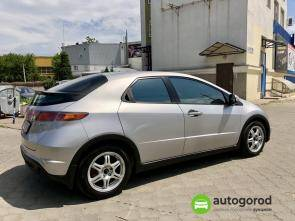 Авто Honda Civic 2008 года фото 9