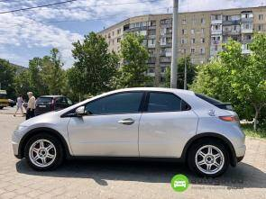 Авто Honda Civic 2008 года фото 10