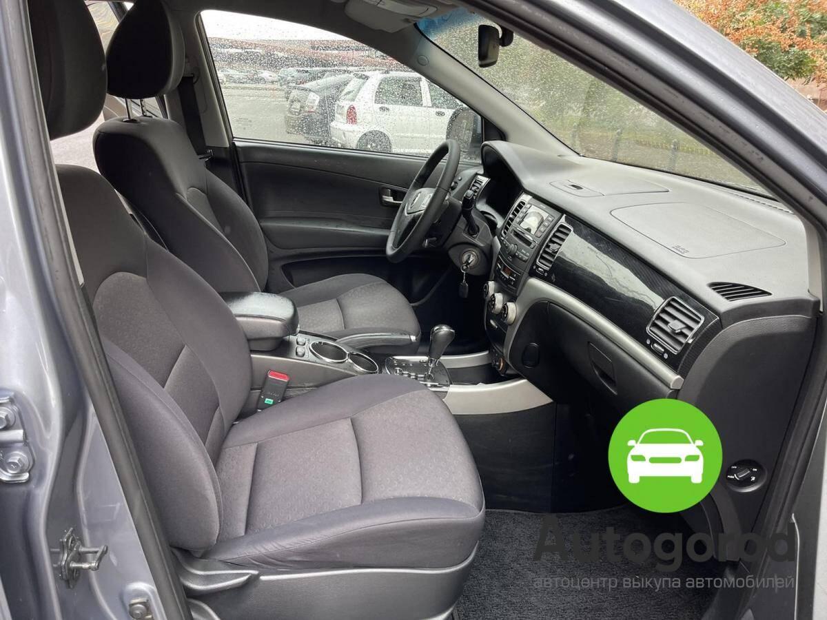 Авто SsangYong Korando                                         2012 года фото 12