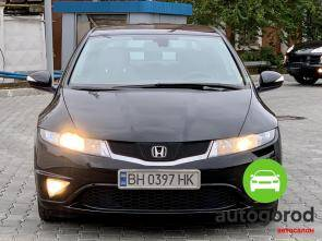 Авто Honda Civic 2010 года фото 4