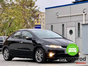 Авто Honda Civic 2010 года фото 5