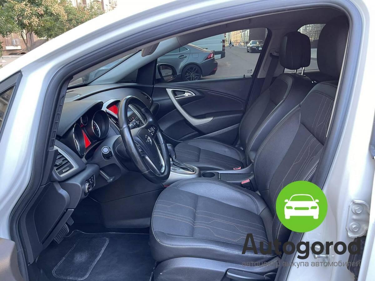 Авто Opel Astra                                         2012 года фото 8