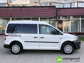 Авто Volkswagen Caddy 2011 года фото 1