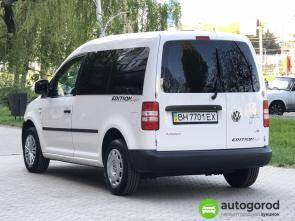 Авто Volkswagen Caddy 2011 года фото 7