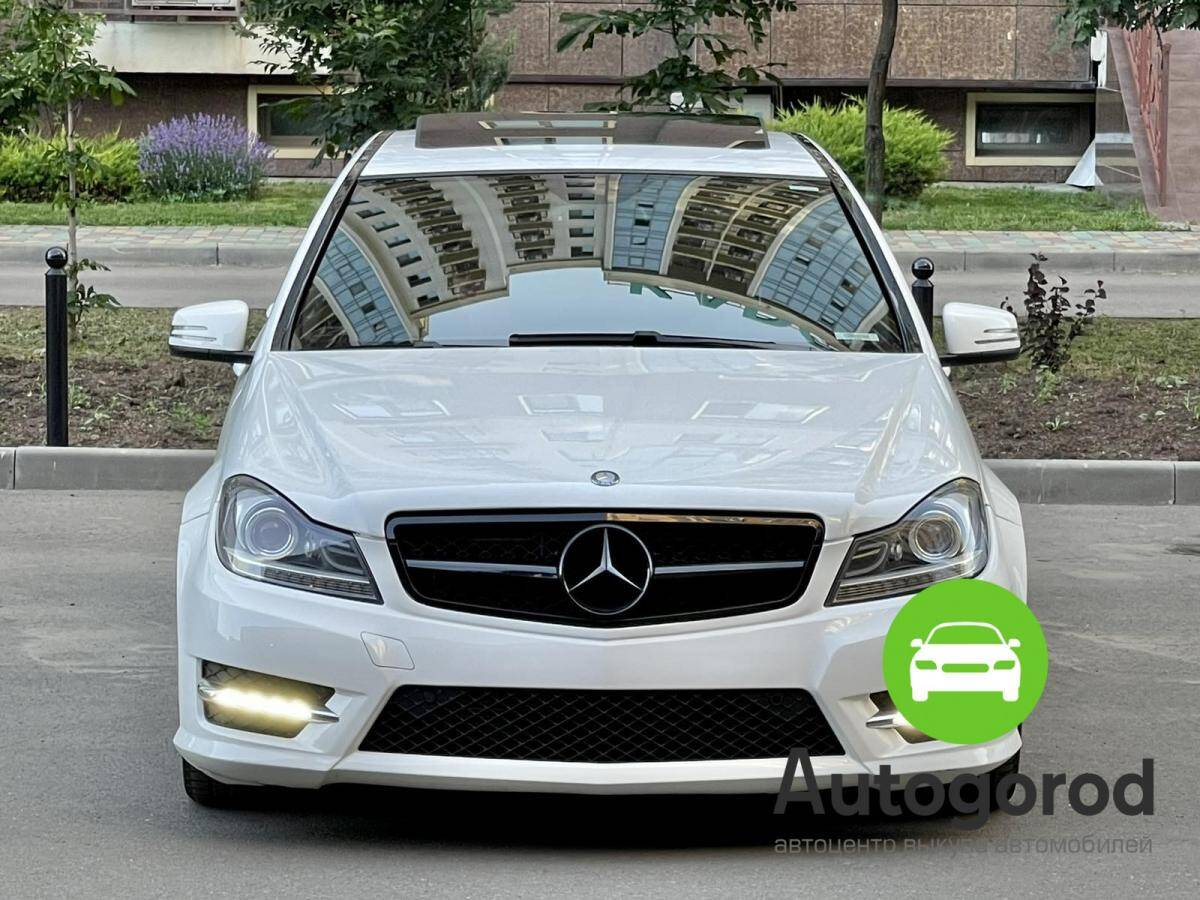 Авто Mercedes-Benz                                         C-class Объем двигателя  фото 1