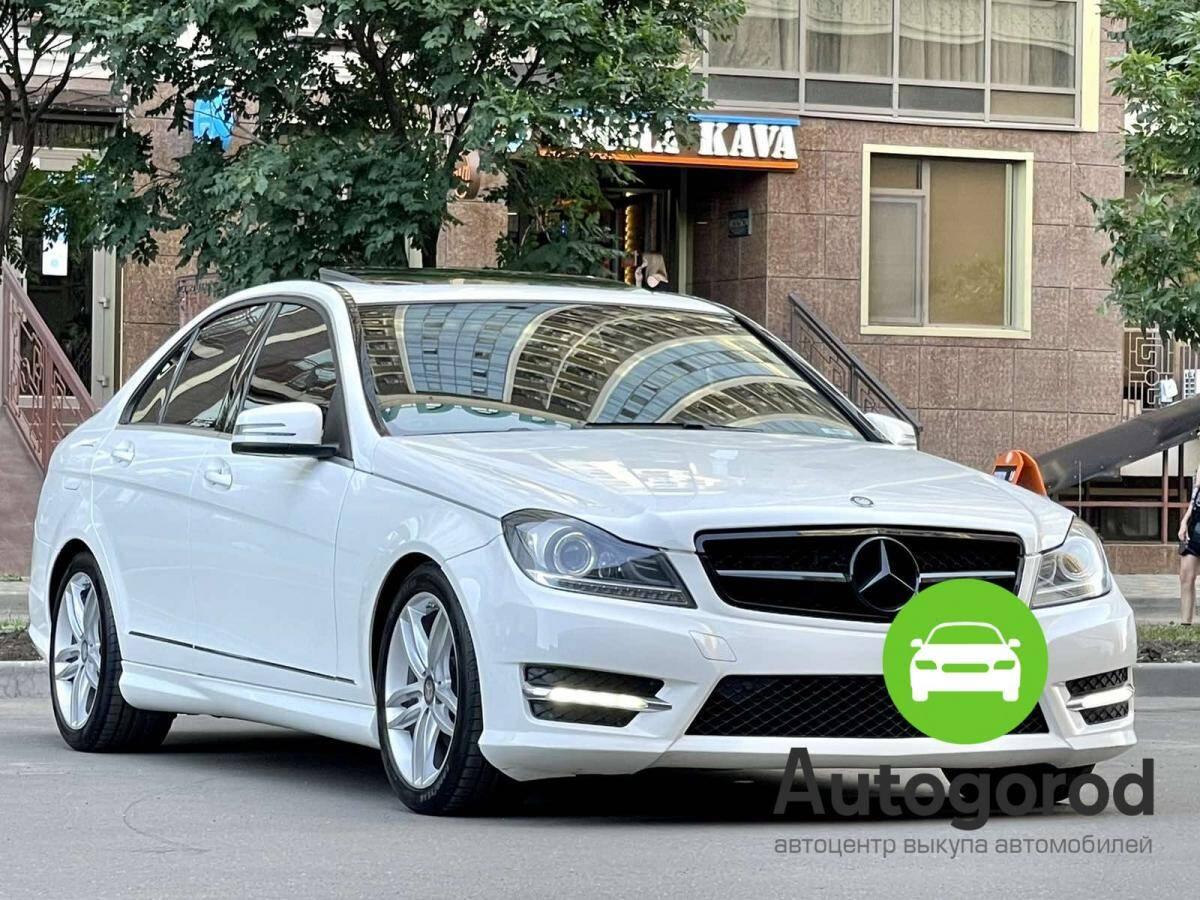 Авто Mercedes-Benz                                         C-class Бензин фото 2
