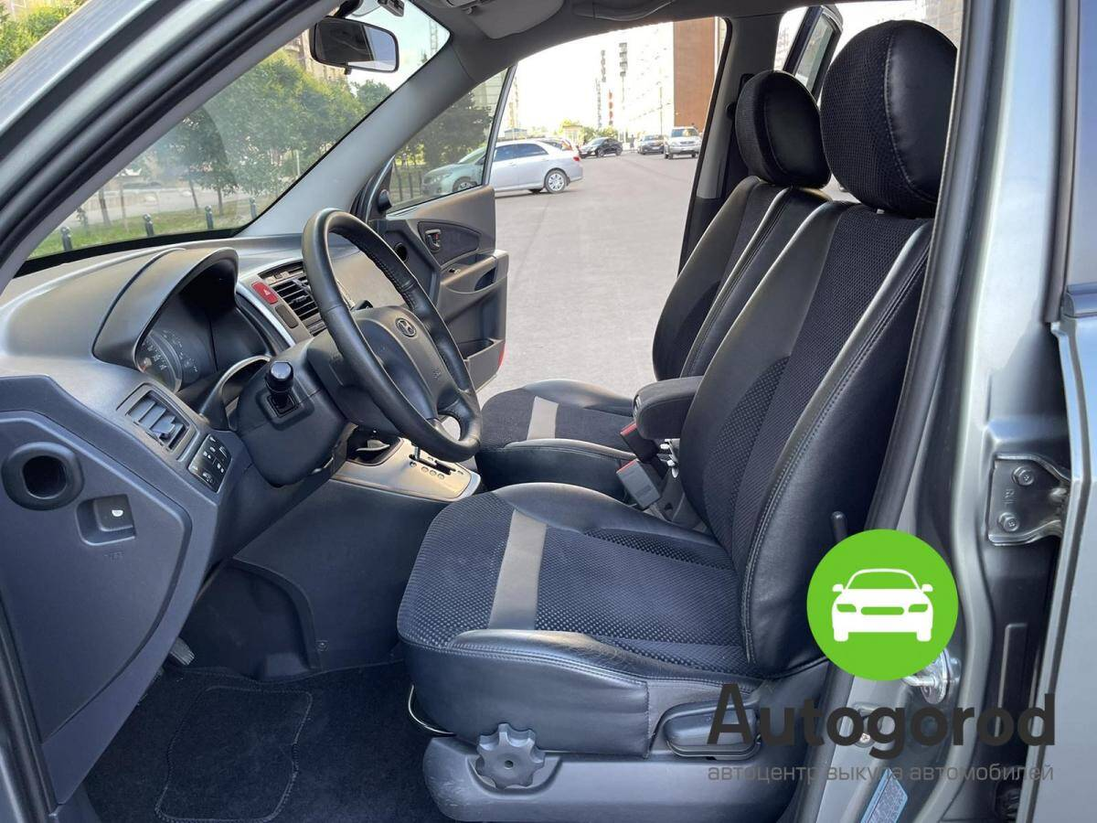 Авто Hyundai Tucson                                         2010 года фото 9
