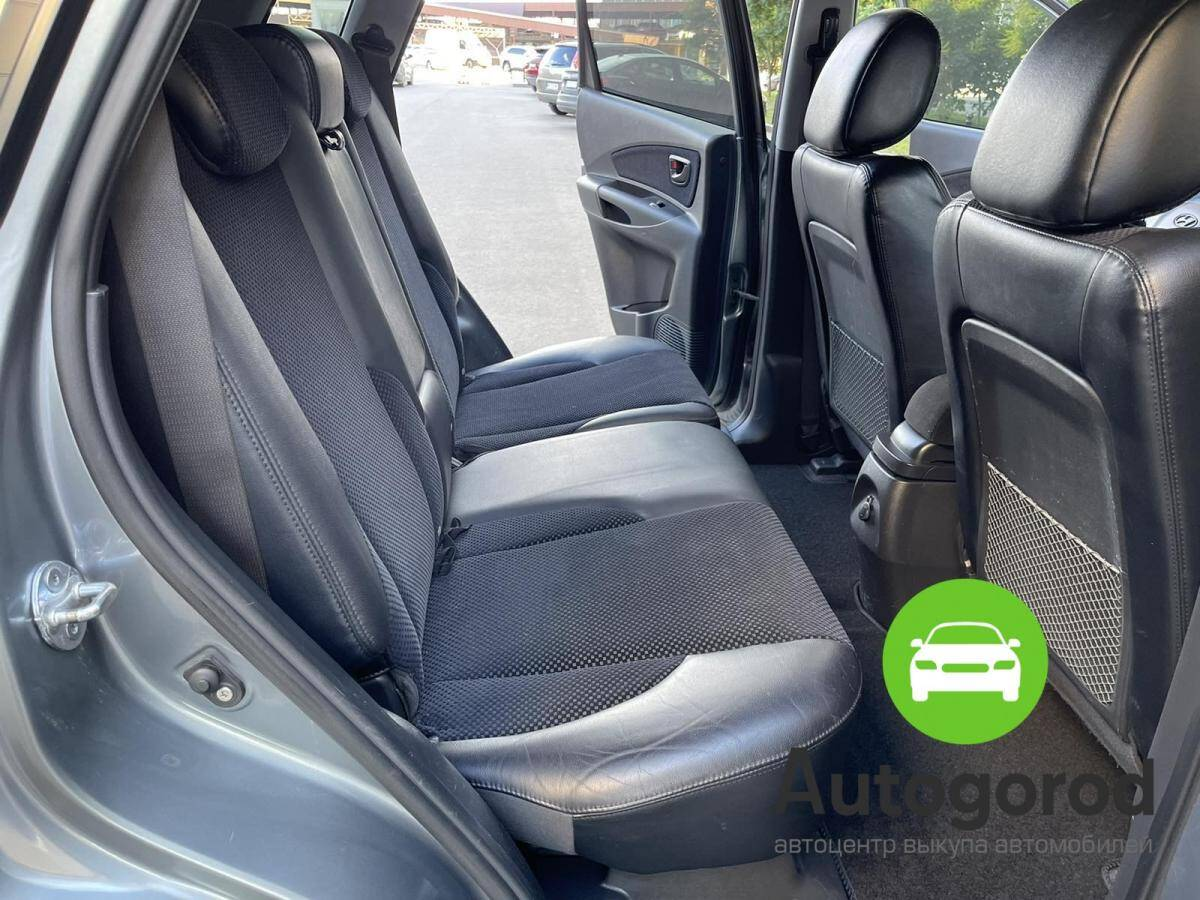 Авто Hyundai Tucson                                         2010 года фото 12