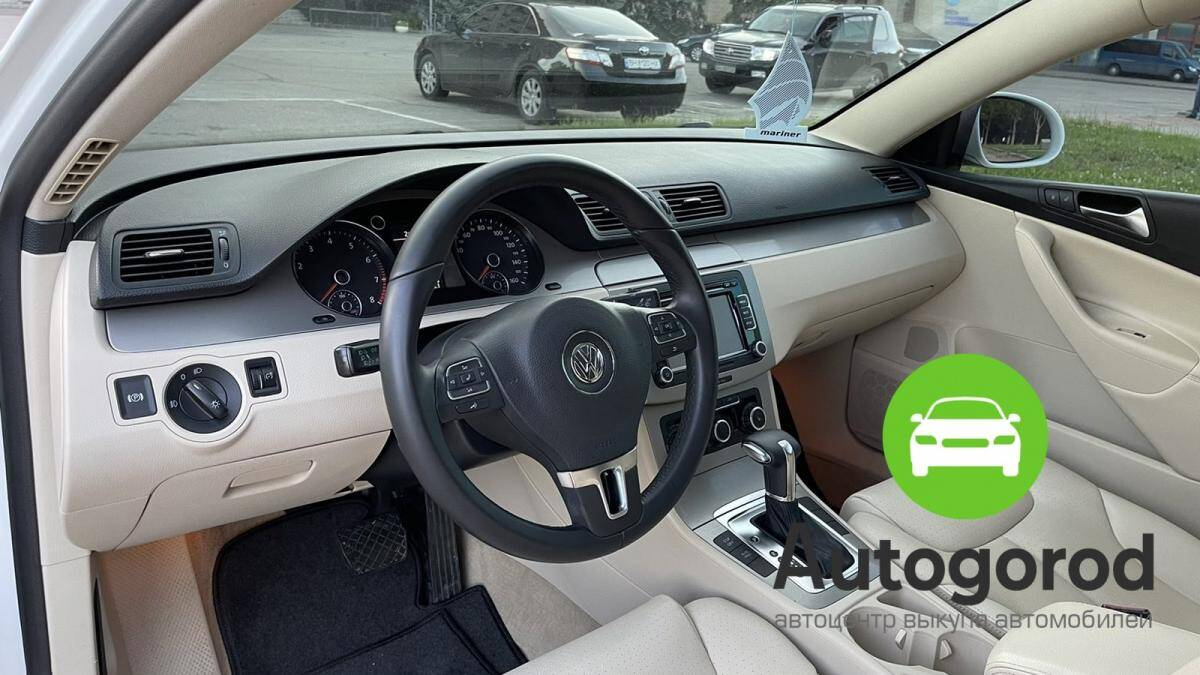 Авто Volkswagen Passat                                         2010 года фото 11