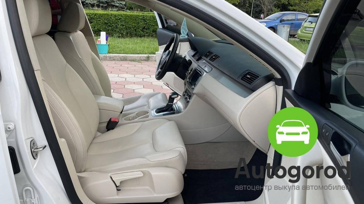 Авто Volkswagen Passat                                         2010 года фото 12
