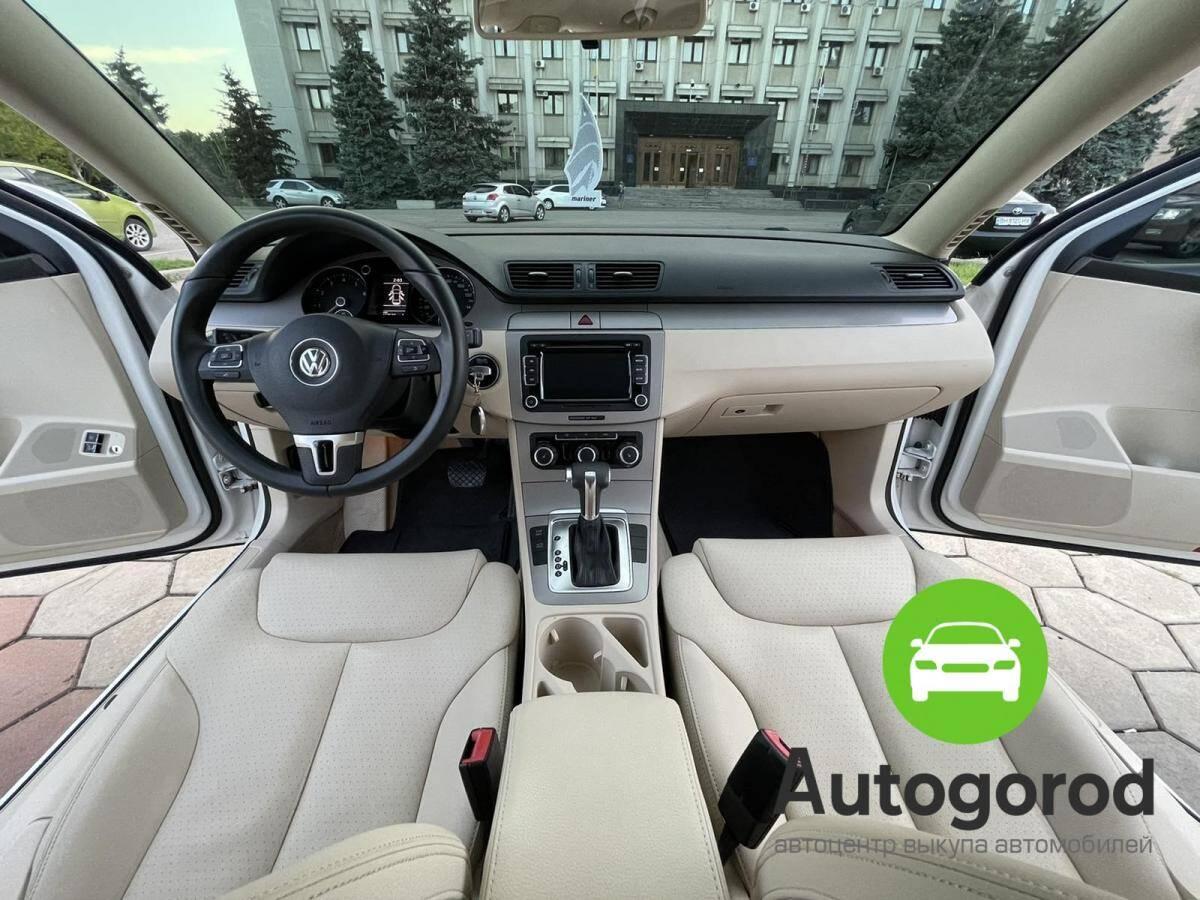 Авто Volkswagen Passat                                         2010 года фото 13