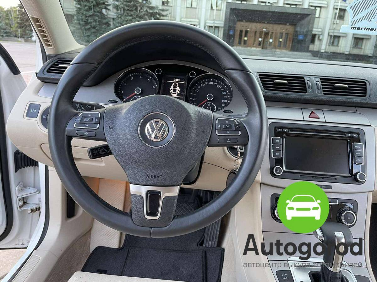 Авто Volkswagen Passat                                         2010 года фото 14