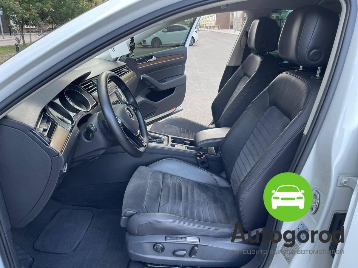 Авто Volkswagen Passat                                         2015 года фото 8