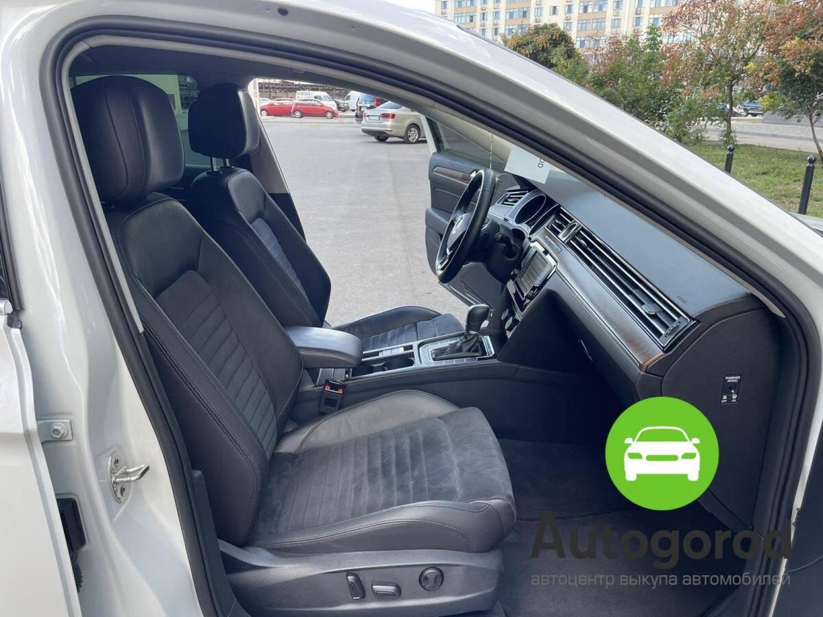 Авто Volkswagen Passat                                         2015 года фото 9