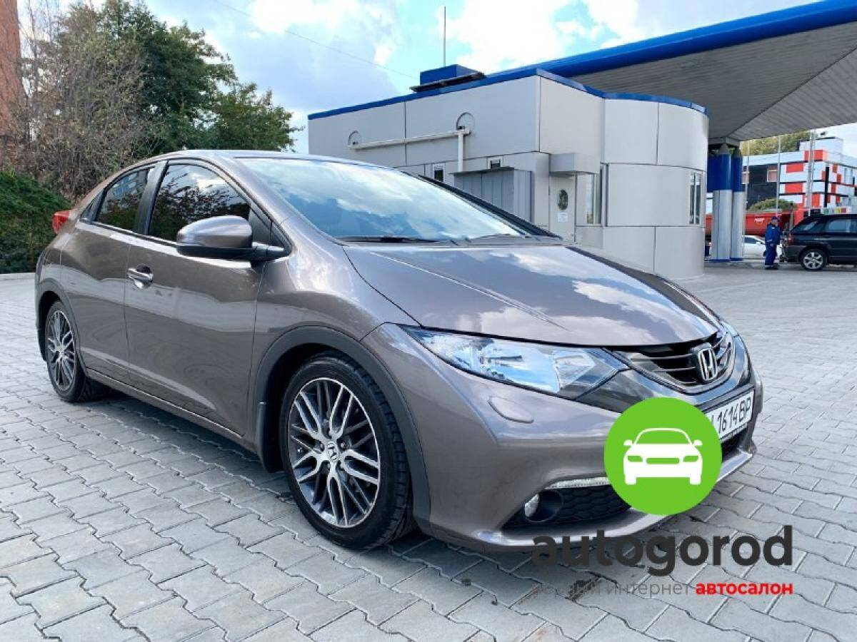 Авто Honda Civic 2012 года фото 8