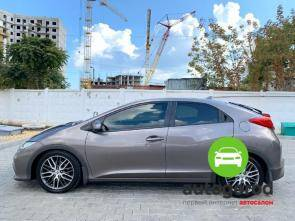 Авто Honda Civic 2012 года фото 7