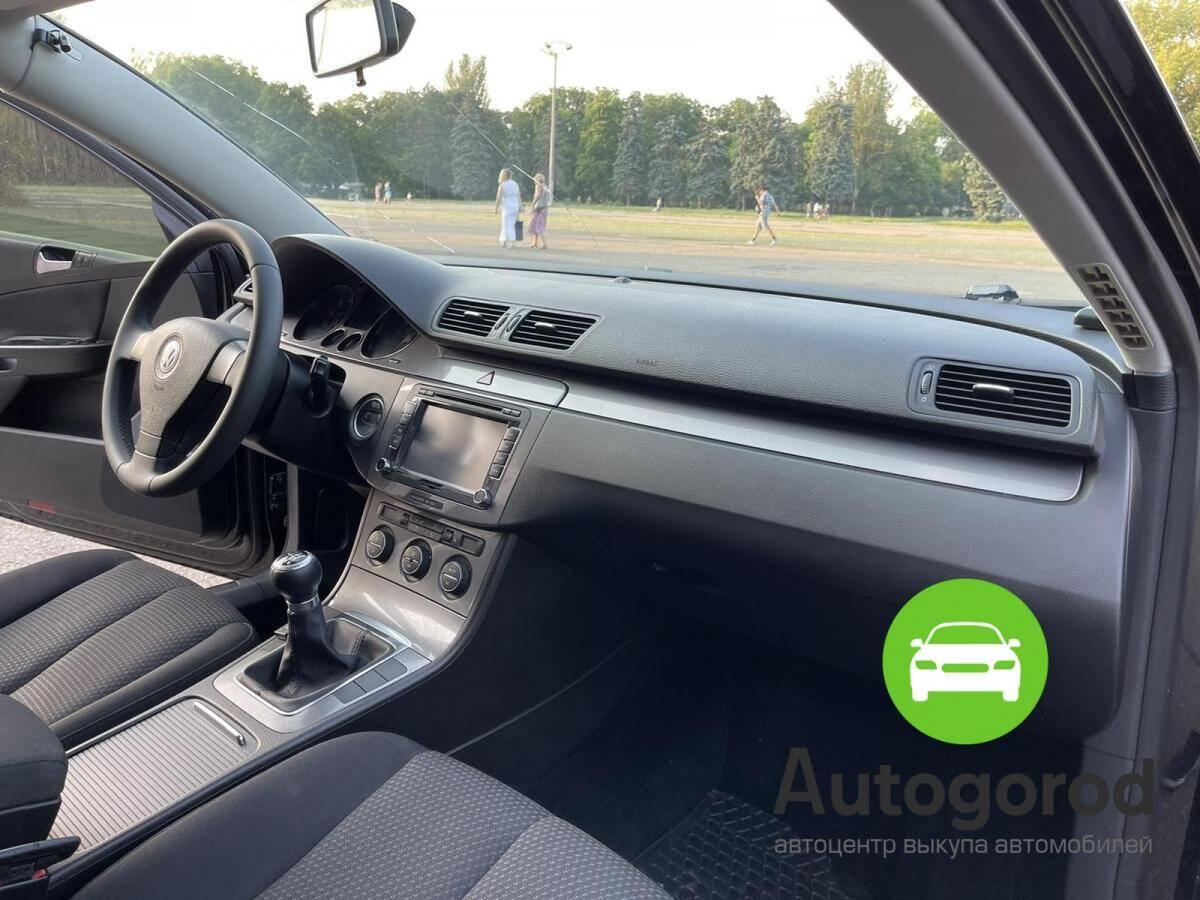 Авто Volkswagen Passat                                         2009 года фото 10