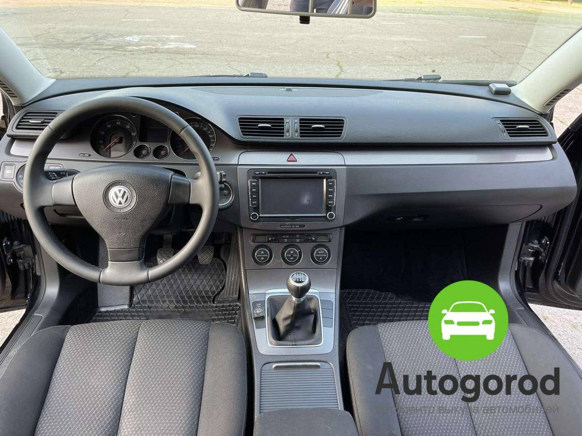 Авто Volkswagen Passat                                         2009 года фото 12