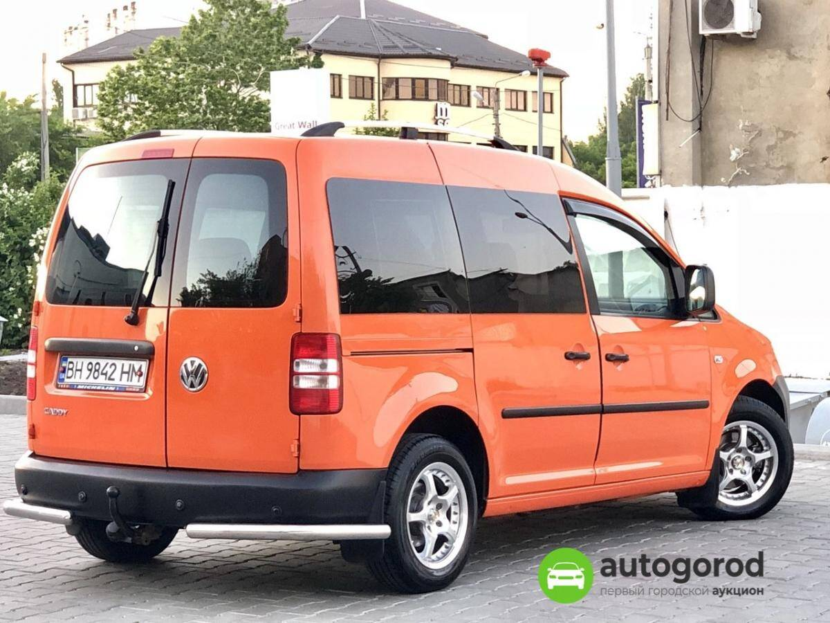 Авто Volkswagen Caddy 2011 года фото 12