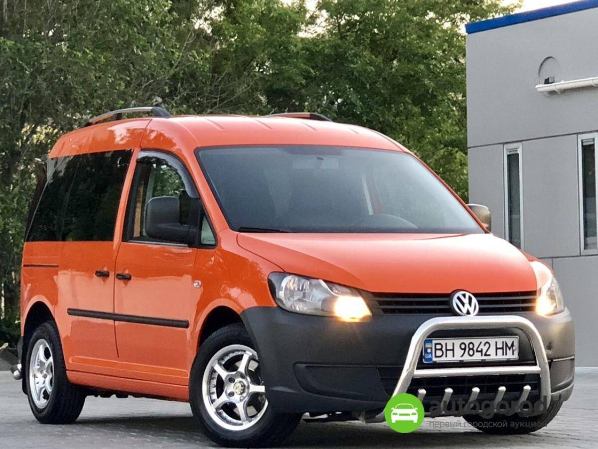 Авто Volkswagen Caddy 2011 года фото 18