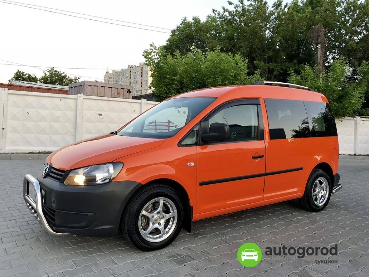 Авто Volkswagen Caddy 2011 года фото 22