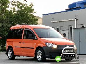 Авто Volkswagen Caddy 2011 года фото 0