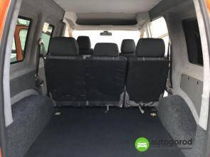 Авто Volkswagen Caddy 2011 года фото 3