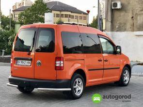 Авто Volkswagen Caddy 2011 года фото 5