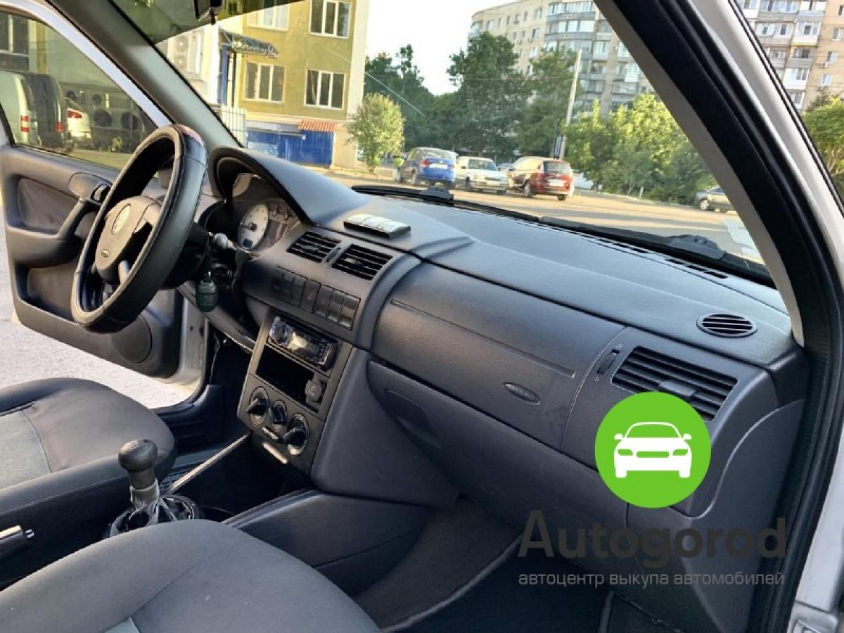 Авто Volkswagen Pointer 2004 года фото 2