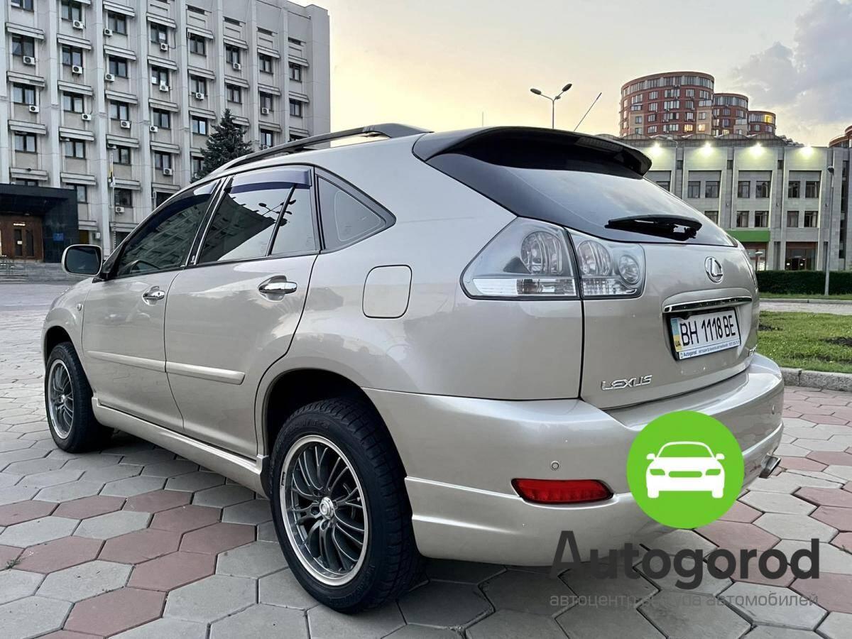 Авто Lexus                                         RX Бензин фото 2