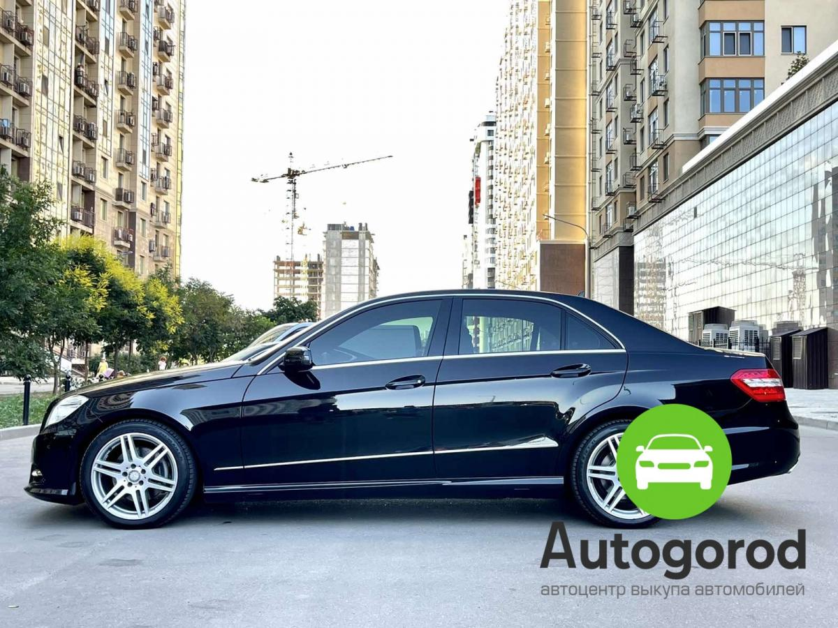 Авто Mercedes-Benz                                         E-class Объем двигателя  фото 1