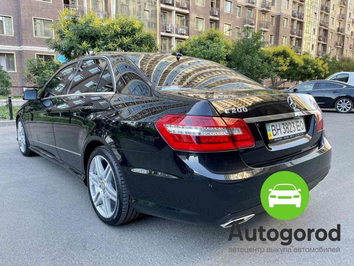 Авто Mercedes-Benz                                         E-class Бензин фото 2