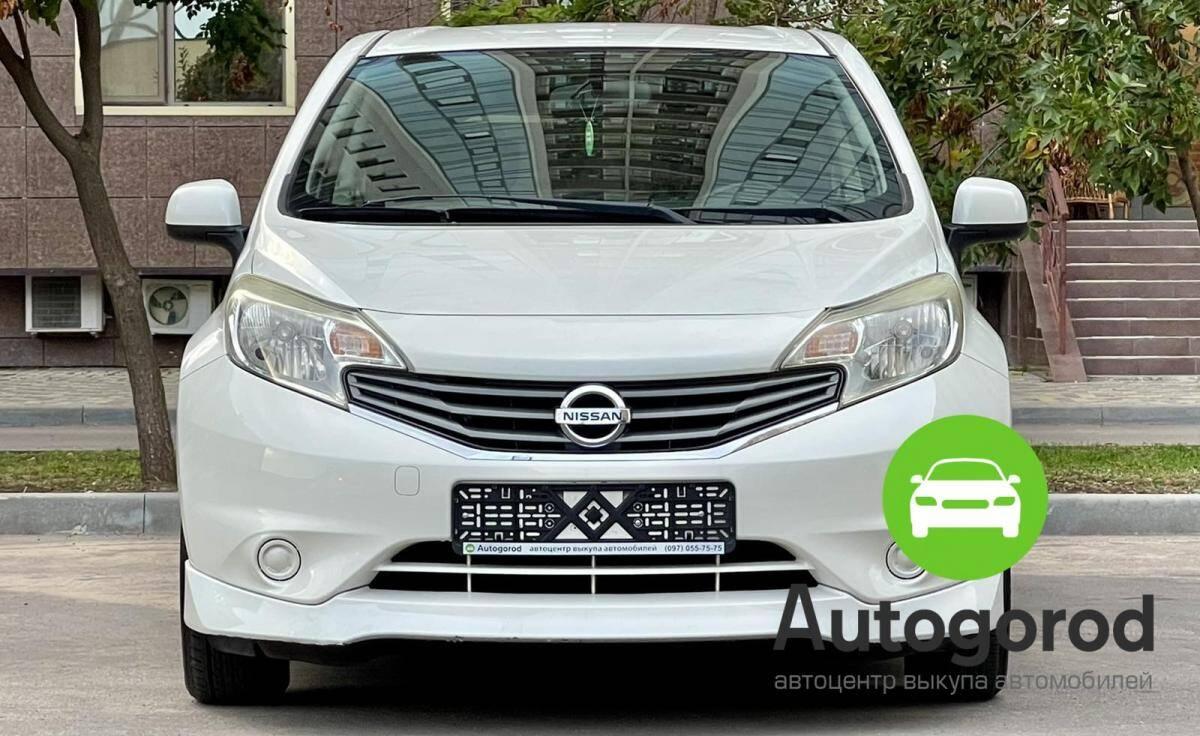 Авто Nissan Note 2013 года фото 0