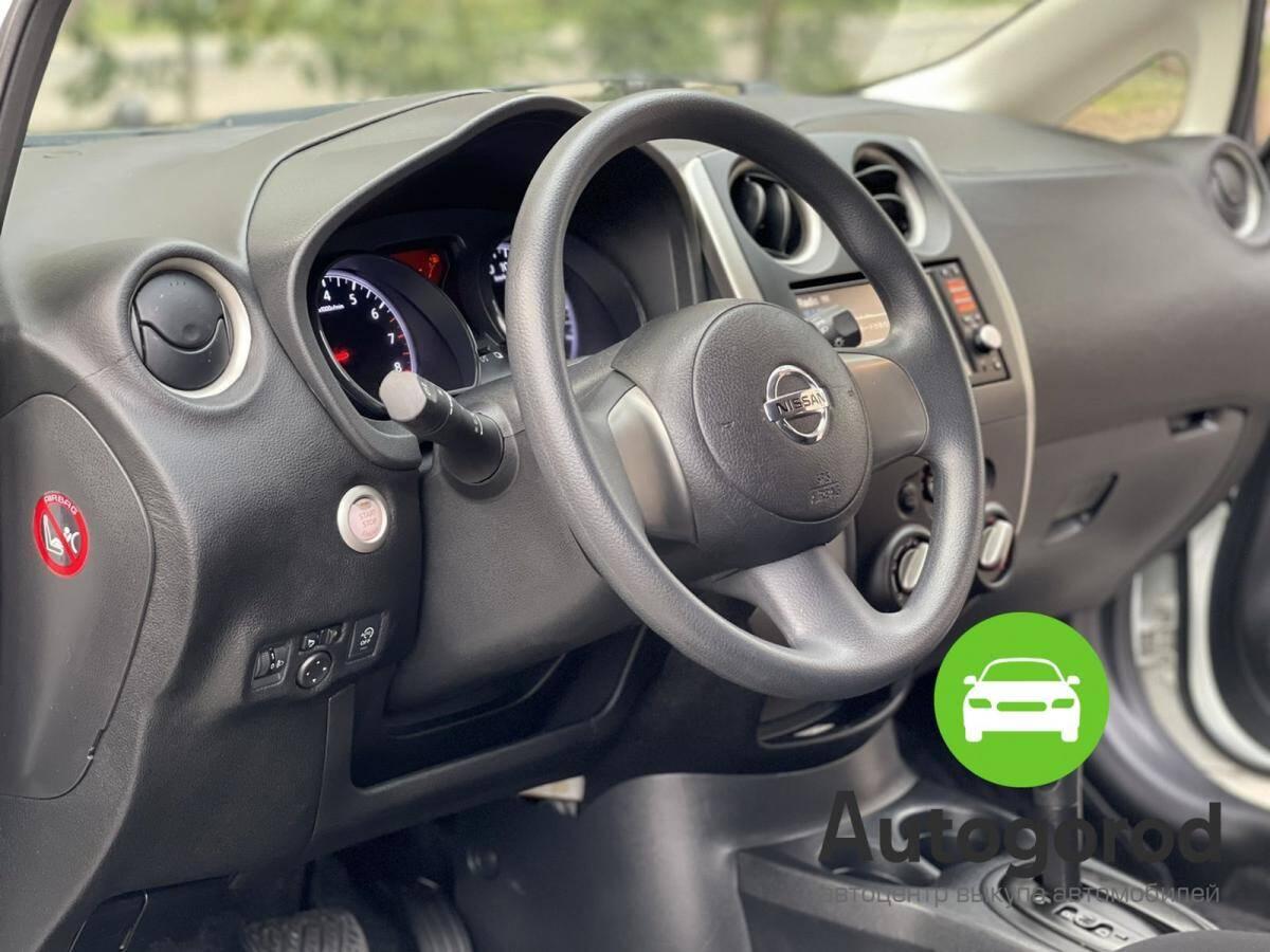 Авто Nissan Note                                         2013 года фото 12