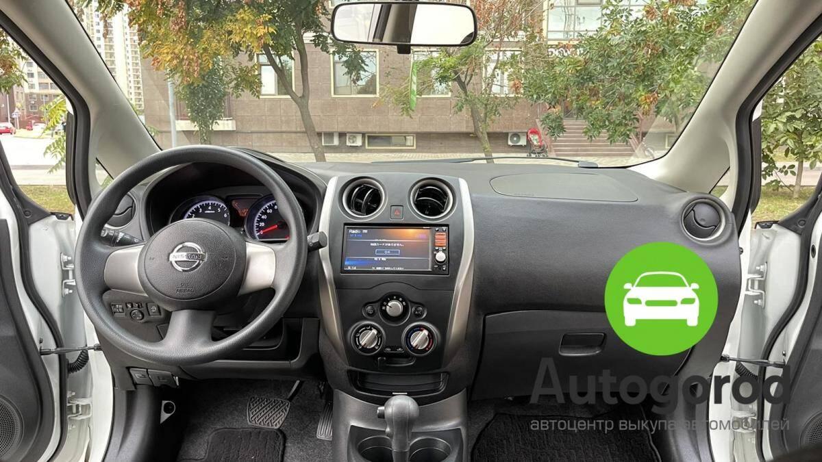 Авто Nissan Note                                         2013 года фото 13