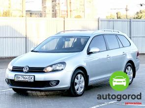 Авто Volkswagen Golf 2010 года - фото