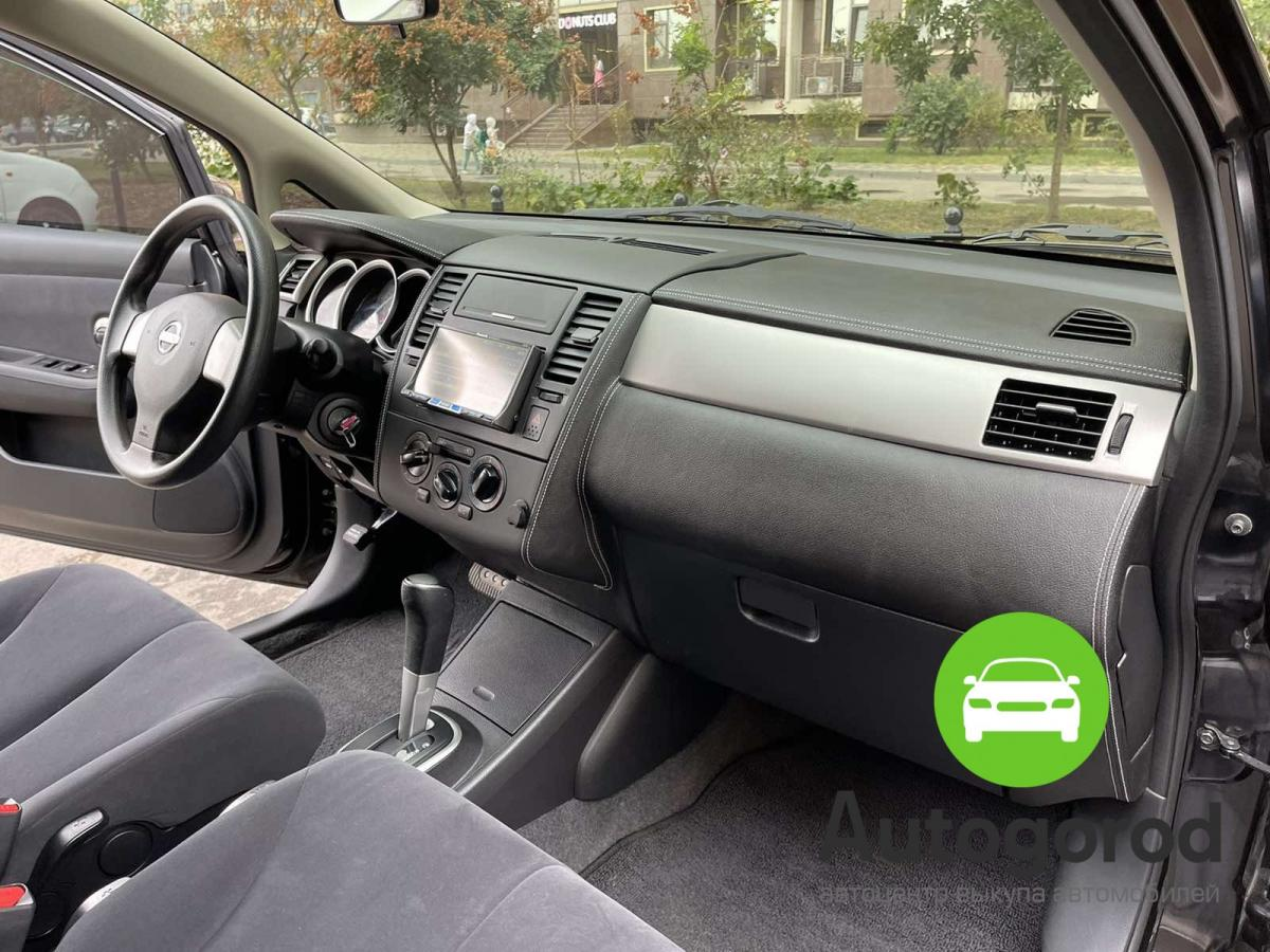 Авто Nissan Tiida                                         2010 года фото 12