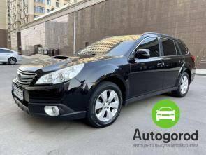 Авто Subaru Legacy 2010 года - фото