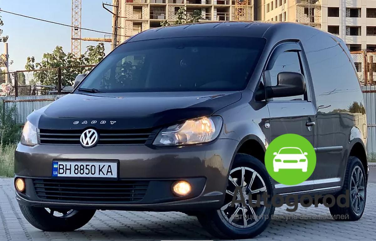 Авто Volkswagen Caddy 2013 года - фото