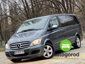 Авто Mercedes-Benz Viano 2012 года - фото