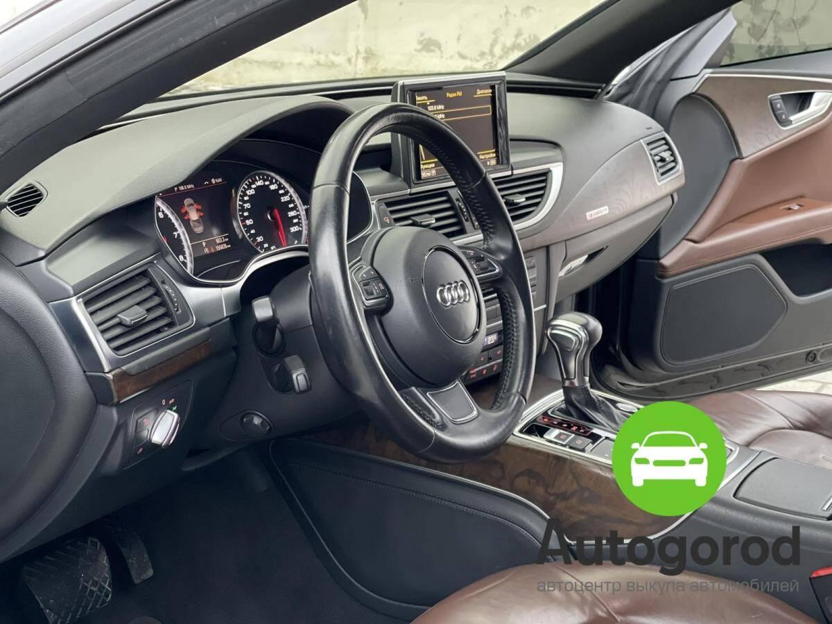 Авто Audi A7                                         2010 года фото 11